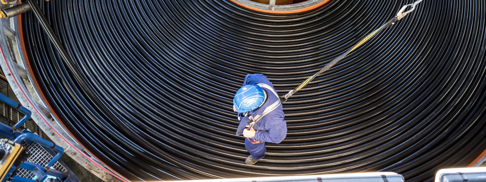 Laying up HV Submarine Cables in production site in Cologne